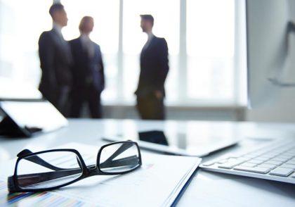 management is 420x294 بازاریابی ، فروش ، مدیریت
